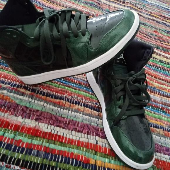 shoe__god